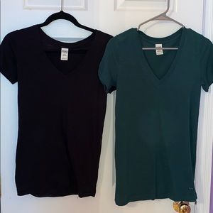 Black and Green VS V-Neck Bundle
